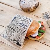 Le modèle 'TIMES' pour la présentation de vos sandwichs ! 😎  Des sachets ouverts en papier ingraissable 👍🏻  #papieringraissable #sachetsandwich #sandwich #emballage
