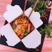 La box avec fermeture croisillon, le top pour les plats à emporter! Un emballage en carton dispo en plusieurs couleurs... 😁 . . . . #emballage #boxe #boiteencarton #platdujour #venteaemporter #aemporter #solde #foodbazar