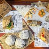Le Papier Ingraissable !  LA solution pour présenter pas mal de repas, pour des tapas, burgers, tacos et autres fritures. 🍔🌭 De plus le modèle Times est super pour présenter joliment 🤩  Autre option : vous pouvez personnaliser à votre image le papier ingraissable; pour toute demande 04 42 50 17 10 😊  #papieringraissable #emballage #emballageecologique #foodbazar